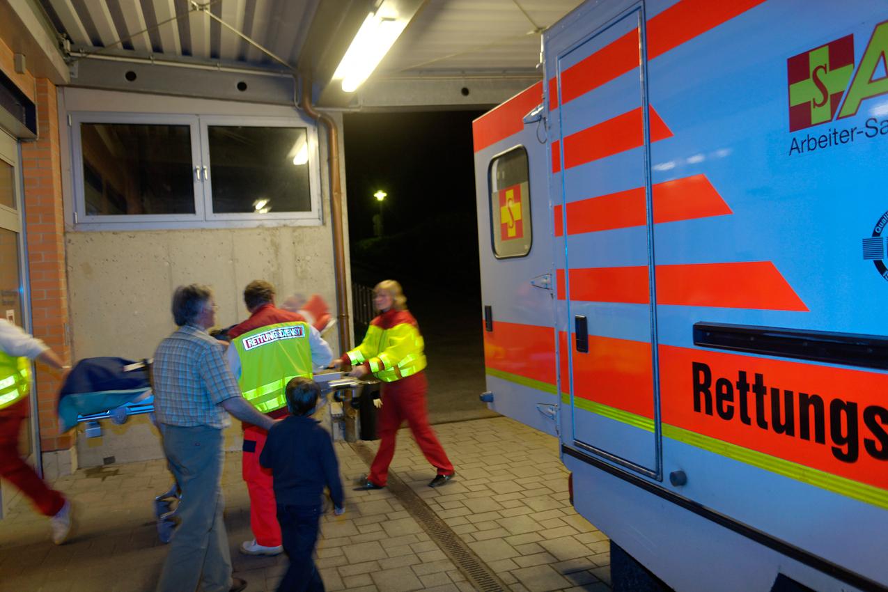 Die Unfallchirurgie im Klinikum Görlitz umfasst die Behandlung aller Verletzungsfolgen von der Bagatellwunde bis zur lebensgefährlichen Mehrfachverletzung.