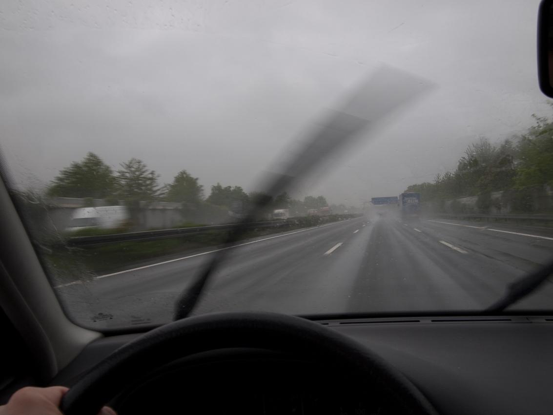Die Bundesautobahn 2 (A2) ist die verkehrsreichste Autobahn des Landes.